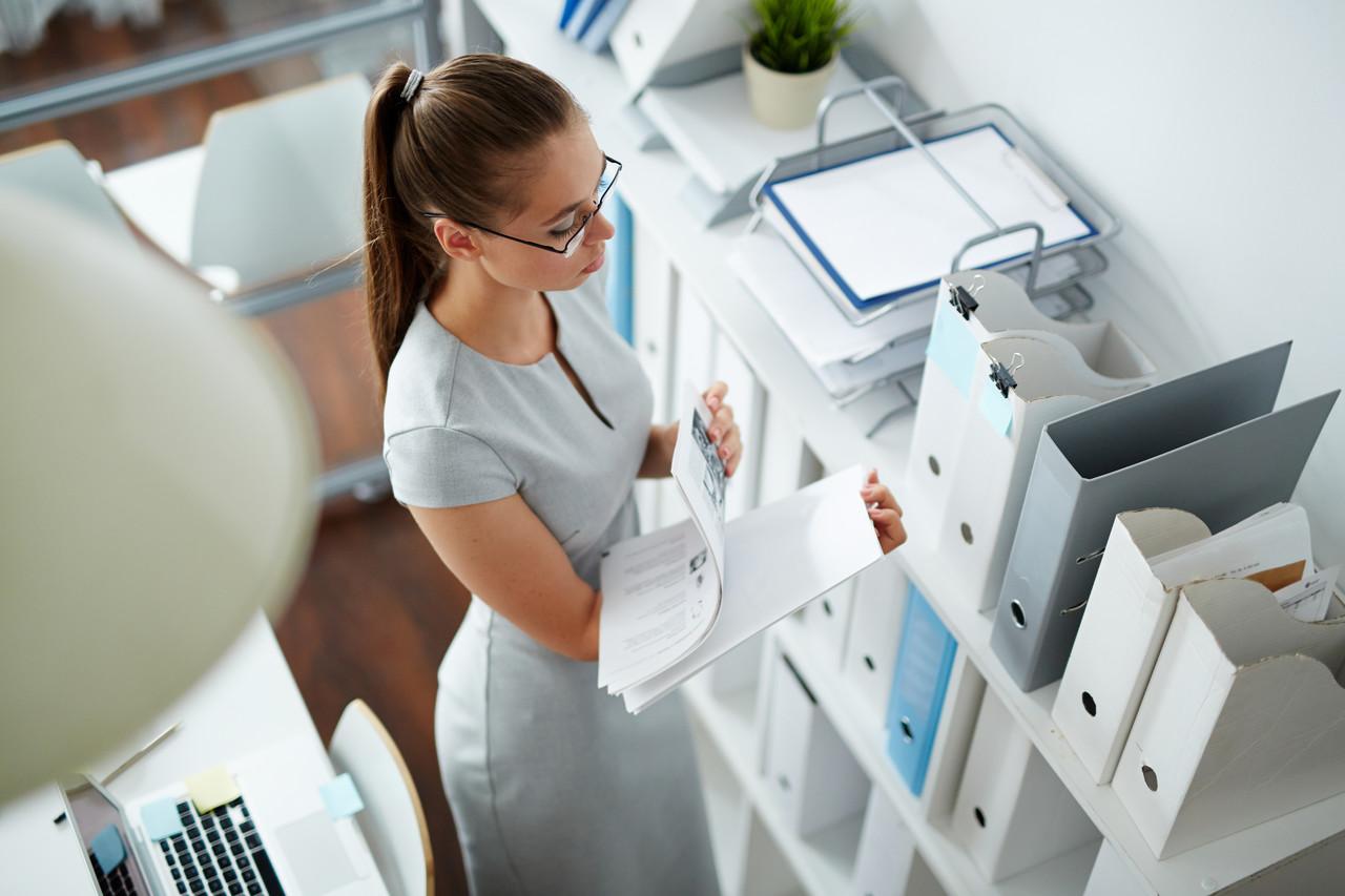 jak długo archiwizować dokumenty w firmie